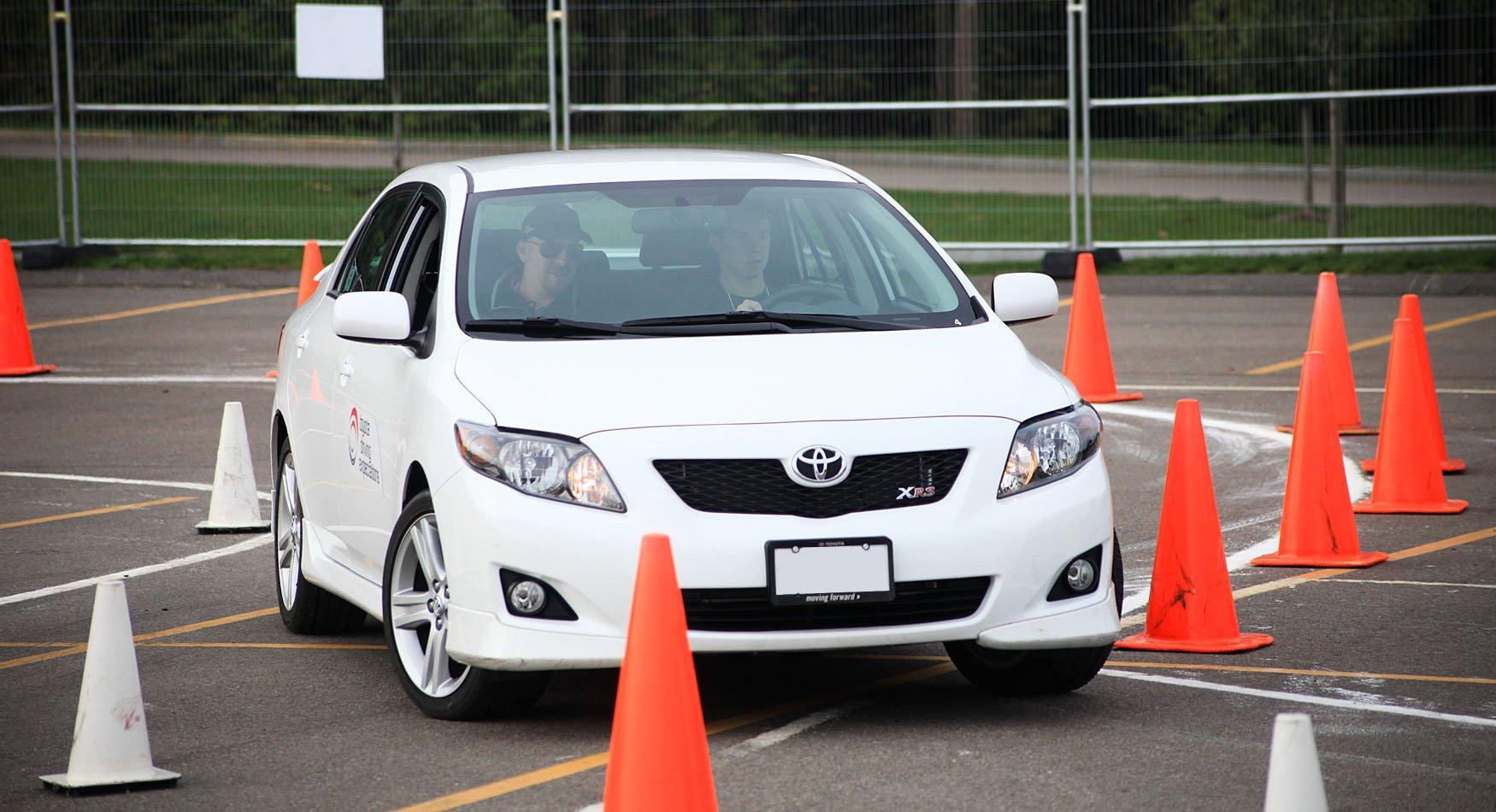 Обучение в автошколе:  основные моменты для учащегося автошколы.